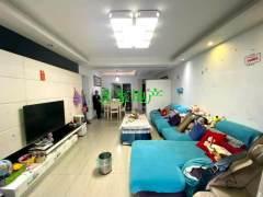 【中介房源】御景东城3室2厅2卫63.8万118m²精装修出售