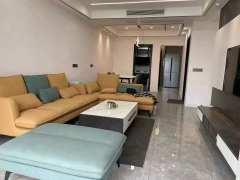 【中介房源】御景东城3室2厅1卫63.8万98m²精装修出售